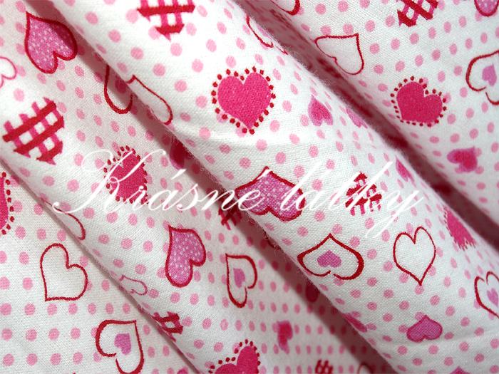 Růžová srdíčka, 100% bavlna š. 160cm na dětské výrobky