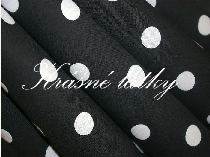 Bílé puntíky 1,7cm- černý podklad š. 150cm