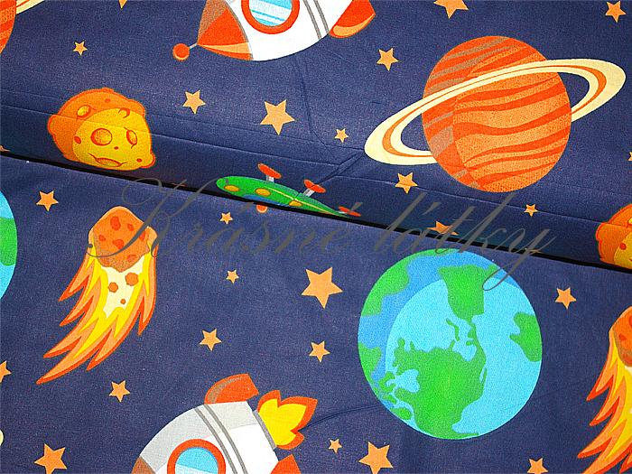 Raketa, bavlněná látka - metráž š. 140cm, gramáž 135g/m2. dětské certifikované látky, oeko-tex standard 100 I. třída,dětské látky v metráži, metráž praha, látky na patchvork, látky pro teenagery, modní látky, trendy látky, látky pro kluky,planety,gal