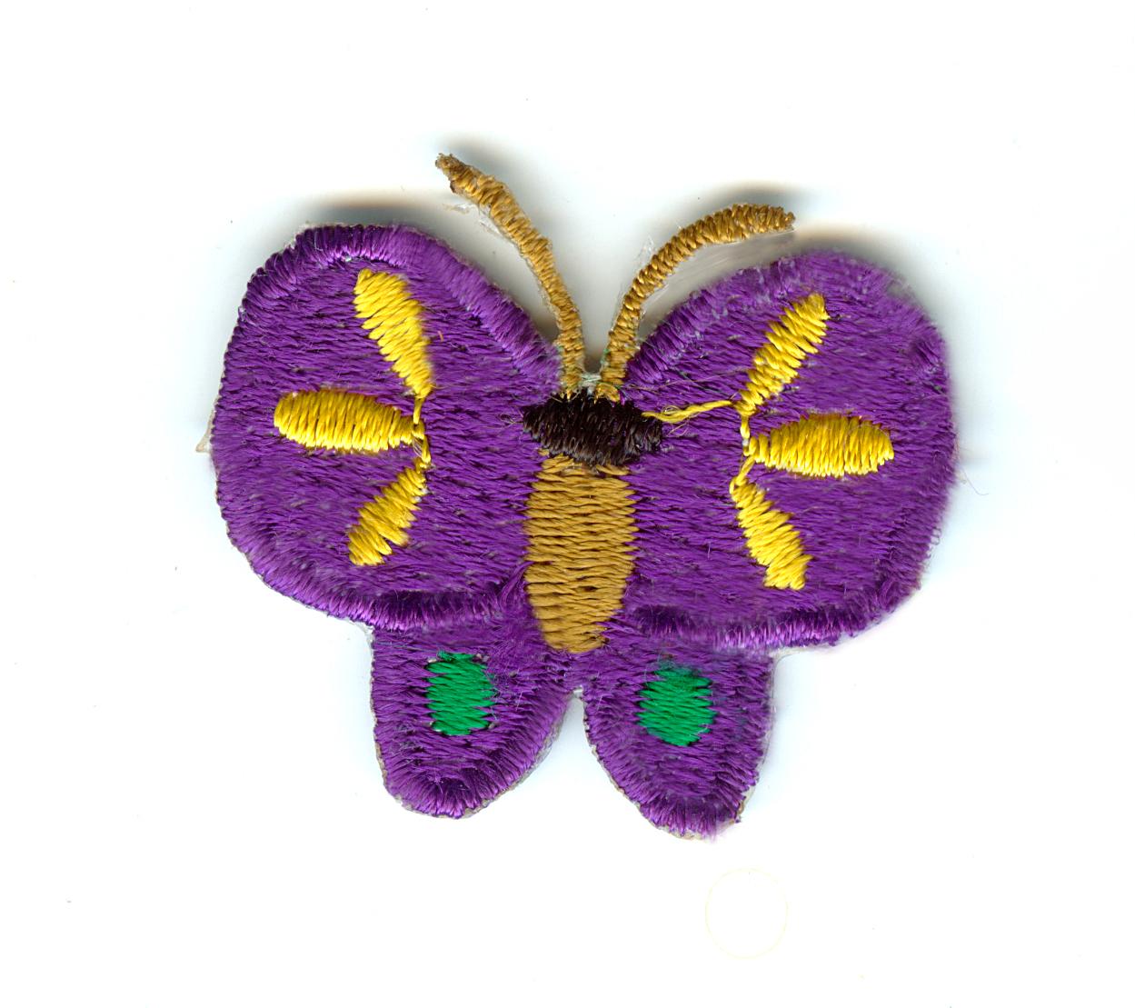 Nažehlovačka 36 - Fialový motýlek